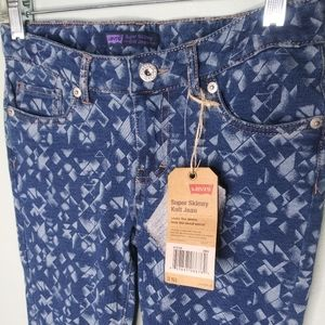 Levis Super Skinny Knit Jeans
